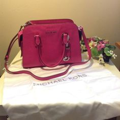 "FLASH SALE 50%MICHAEL KORS Harper Medium For the sale please use the offer button ,Brand: Michael Kors Model: Harper Material: Leather Color: Pink Condition: New with Tags Size: Medium 100% Authentic  MICHAEL KORS  Harper Medium Embossed-Leather Satchel  Rolled top handles with rings; 4"" drop; hanging circle logo charm.  Removable, adjustable strap.  Logo plate at top center.  Zip-top closure.  Inside: logo jacquard lining.  Zip and open pockets; key clip.  5.2""H x 12""W x 6.7""D.  Package…"
