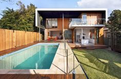 Home Architecture Century Brick Bungalow Converted into Light-Filled Modern Home Architecture Résidentielle, Minimalist Architecture, Workshop Architecture, Bungalow, Modern Backyard, Australian Homes, Beautiful Homes, Swimming Pools, Brick