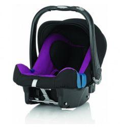 El portabebés Römer Baby-Safe Plus SHR-II es el sistema más seguro y confortable del mercado para viajar con bebés recién nacidos hasta los 13kg de peso. Es totalmente compatible con cochecitos de paseo Britax y se puede instalar en el coche sobre una base para cinturones o Isofix.