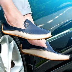 13.48$  Buy here - http://alibf4.shopchina.info/1/go.php?t=32801673254 - 2017 New Fashion Men Loafers Luxury Brand Flats Shoes for Men Driving Shoes PU Leather Loafers Men Casual Shoes AY910673  #aliexpresschina