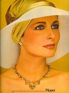 Cristina Ferrare for Monet Jewellery Advertising, Jewelry Ads, Fashion Jewelry, Lauren Hutton, Vintage Costume Jewelry, Vintage Costumes, Vintage Advertisements, Vintage Ads, Antique Jewelry