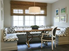 love the graphic pattern on this banquette paired with the Louis XVI chair .this would seat more that the typical banquette does. love the space. Dining Room Banquette, Trestle Dining Tables, Banquette Seating, Dining Area, Dining Chairs, Home Design, Design Ideas, Decor Pad, Kitchen Nook