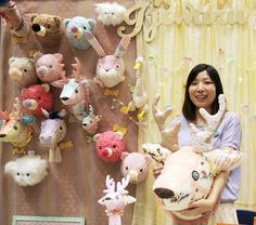 Animal head hunting trophies made absolutely adorable as patchwork plushies by Ijiwaru. 動物のヘッドマウントのトロフィーがメッチャ可愛くなりました!Ijiwaruさんが手で作ったぬいぐるみだから!