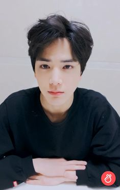 Jungkook 2018, Kpop Boy, I Smile, Kpop Groups, Boyfriend Material, Cute Boys, Crushes, It Cast, Handsome