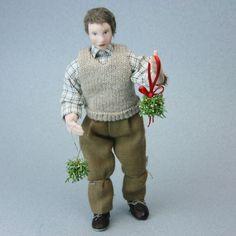 Make Miniature Mistletoe Christmas Balls for Dolls House Scale Scenes.: Finish Your Dolls House Mistletoe Kissing Balls