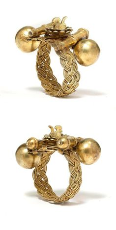 Ghana | Bracelet from the Ashanti people; gold alloy | Est. 2'500 / 3'000 CHF ~ (May '14)
