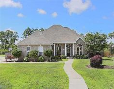 6108 MOSSY OAK Drive  Ocean Springs, MS 39564  Beautiful home on a quiet cul-de-sac. Formal living area and study. Open kitchen, den, and breakfast area. Large kitchen and Master bedroom.  Wood floors, fireplace and a large deck and yard. Great for entertaining.