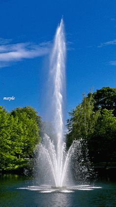 The perfect Fountain Water Garden Animated GIF for your conversation. Discover and Share the best GIFs on Tenor. Images Gif, Gif Pictures, Nature Pictures, Romantic Pictures, Free Images, Nature Gif, Science And Nature, Amazing Gifs, Amazing Nature