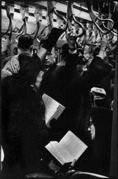Henri Cartier-Bresson, Métro, Lexington avenue, Manhattan, New York City, USA, 1959. © Henri Cartier-Bresson/Magnum Photos.
