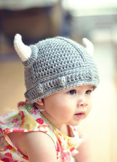 I know this seems weird but, when Rachel and I were little we had this viking hat we LOVED and wore ALLLL the time. Gotta get you a viking hat baby girl! Crochet Baby Hats, Baby Knitting, Knit Crochet, Little People, Little Ones, Cute Kids, Cute Babies, Diy Bebe, Beanie Babies