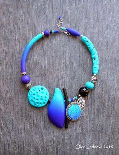 CERNIT: № 265 (royal blue), №676 (turquoise), №900 (purple), №100 (black).   by Ольга Леднева