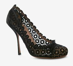 Lace heels - more → http://fashiononlinepictures.blogspot.com/2013/04/lace-heels.html