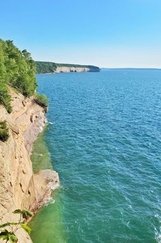 michigan hiking trails. things to do in michigan. upper peninsula, up north. midwest road trip. lake superior. national park vacation. pictured rocks national lakeshore. great lakes vacation. summer road trip. adventure travel vacation ideas. usa travel destinations. united states. america. Midwest Vacations, Michigan Vacations, Michigan Travel, Vacation Trips, Vacation Ideas, Pictured Rocks National Lakeshore, Picture Rocks, States America, United States