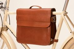 Leather Satchel designed to be carried on your Bike shop at www.mybicyclette.it