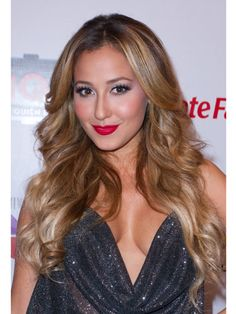 Soft waves look amazing with a bold red lip!