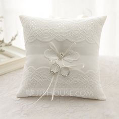[€ Groom Gifts - Modern Elegant Pearl Cloth Ring Pillow (Sold in a single piece) Wedding Ring Cushion, Wedding Pillows, Cushion Ring, Ring Bearer Pillows, Ring Pillows, Soft Pillows, Handmade Wedding Rings, Lace Ring, Classic Theme