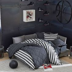 Bring on the naps and the deep sleeps! Our Jamestown Stripe Duvet Cover and Sham puts a new spin on a classic print. Boasting a bold stripe design, it adds a cool refresh to your bedding. Teen Boys Room Decor, Boys Bedroom Decor, Boy Room, Boys Bedroom Furniture, Bedroom Ideas, Teen Boy Bedding, Pb Teen, My New Room, Duvet Covers