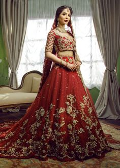 Shop latest Indian & Pakistani Trail Lehenga Choli in Red color. Buy Bridal wear in USA, ✓Free Delivery all over the work, Zari & Dabka Wedding Dress. wedding outfits bridal lehenga Stunning Lehenga Choli in Trail Style # Latest Bridal Lehenga, Designer Bridal Lehenga, Indian Bridal Lehenga, Pakistani Wedding Dresses, Wedding Lehnga, Latest Wedding Dresses Indian, Indian Wedding Theme, Wedding Mandap, Bollywood Wedding