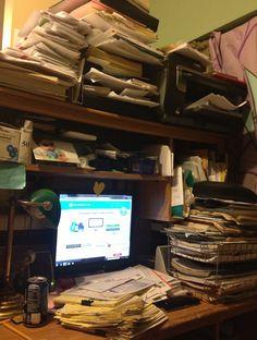 208 best messy desk contest images ipad mini cast your vote rh pinterest com