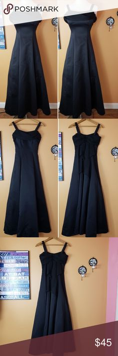 Night scene California black maxi dress Siz 00 XXS Sexy classic and chic black dress, so flattering.  It says Size 3/4 but I believe it fits size XXS or 00. Breast is Approx 14 inches pit to pit. Waist is 12 inches across.  Excellent condition.  No flaws or stains. It has a lace lining. You look like a princess 👗  It has a nice padded bra which fits cup size B. If you are bigger you can simply remove the padded bra! You can also remove the Strap.  Offers are always Welcome .🏵 Night scene…