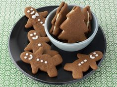wrong cookie pictured, it's actually for Giada de Laurentiis Florentine cookie recipe:Top Holiday Cookies Giada De Laurentiis, Mole, Croissants, Scones, Gingerbread Cookies, Gingerbread Men, Gingerbread Recipes, Holiday Cookies, Royal Icing