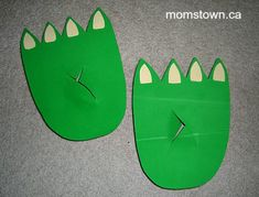 We made our own Dragon or Dinosaur feet out of empty cereal boxes and craft foam. Toddler Dinosaur Costume, Toddler Costumes, Dinosaur Party, Dinosaur Birthday, Diy Costumes, Diy Dragon Costume, Cardboard Boxes, Cardboard Playhouse, Cardboard Furniture