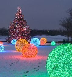 Christmas light balls are extremely popular outdoor Christmas decorations that are unique in appearance. Many times found in holiday light shows, botanical gardens, and other elegant displays, Christmas light balls are actually easy to make with just a few supplies.