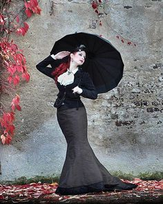 PARASOL PROTECTORATE  A figure so elegant it MUST be Alexia Tarabotti herself.  Found HERE  Gail Carriger HERE