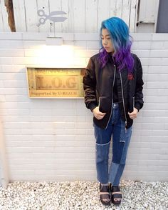 WEBSTA @ kisannu - 💜💙可愛いお色💙💜#blue#purple#haircolor#bluehair#purplehair#マニパニ#manicpanic#log#omotesando