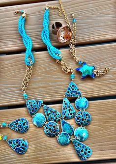 Items similar to Preorder only! Sea green and navy blue enamel 'Sea pearl and bubbles' short necklace, OOAK short enamel copper necklace, artisan recycled co on Etsy Short Neck, Prussian Blue, Bubble Necklaces, Sea Pearls, Sea Urchin, Neck Piece, Pearl Color, Enamel Jewelry, Strands