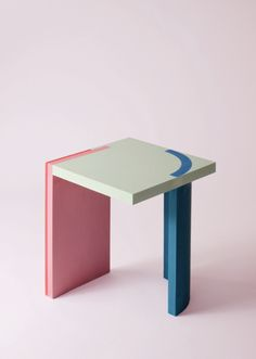 Design forward and beautiful side table for your home interior. Colorful and geometric side table with a contemporary design. Available in various color combinations. Shipping worldwide. Made to order. Carefully handmade in our atelier. Made of acrylic resin. A design that adds value to every modern and contemporary home and interior. Colorful Furniture, Unique Furniture, Contemporary Furniture, Contemporary Design, Furniture Design, Funky Furniture, Geometric Side Table, Diy Furniture Videos, Marble Furniture