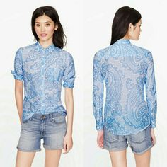 J Crew Boy Short Oversized Paisely Excellent condition  Size 2 Our favorite borrowed-from-him silhouette in a slightly sheer cotton-silk voile that's perfect for warmer weather. We added carefully placed seams at the bust for a subtly feminine fit. J. Crew Tops Button Down Shirts