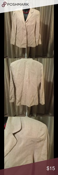 Ladies Linen Blazer This is a great add to your closet that compliments well. No rips, stains or smells. Bundle and save even more. Rafaella Jackets & Coats Blazers