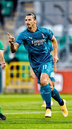 Steven Gerrard, Premier League, Ac Milan, Soccer, Sporty, Passion, Football, Running, Beautiful