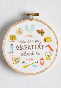 Couples that Travel Together Hoop Art #DIY