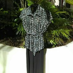 BAY STUDIO Career - Blouse with light sparkle Black, grey and white patterned, button-down (or not) - cap sleeves - belted - a little sparkle - Size XL (16/18) - 100% poly - NWOT Bay Studio Tops Blouses