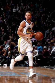 Stephen Curry of the Golden State Warriors handles the ball against the Brooklyn Nets on November 19 2017 at Barclays Center in Brooklyn New York.
