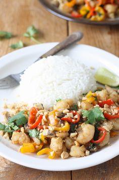 Thai Shrimp & Vegetable Stir Fry by SeasonWithSpice.com