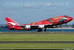 """Qantas """"Wunala Dreaming"""" livery"""