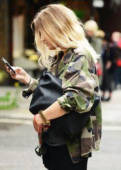 Women's Fashion camo jacket + all black outfit Camouflage Jacket, Camo Jacket, Green Jacket, Combat Jacket, Combat Shirt, Combat Pants, Army Camouflage, Field Jacket, Print Jacket