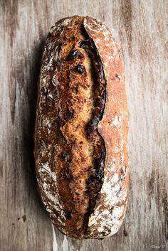 Hungry Shots: Cranberry and hazelnut sourdough bread Sourdough Recipes, Sourdough Bread, Bread Recipes, Baking Recipes, Loaf Bread Recipe, Baguette, Bread Bun, Our Daily Bread, Fermented Foods