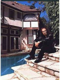 Dio and Dee Snider - Google Search James Dio, Mansions, House Styles, Brother, Google Search, Dios, Music, Luxury Houses, Palaces
