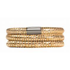 Jennifer Lopez launches a new jewellery range: #lovejewellery #fashionjewellery #jewellerymonthly #JenniferLopez #jenny #jewellery #jewelry #glam #fashionStatement