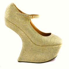 PANTOFI AURII GLITER   135,0 LEI Lei, Wedges, Boots, Fashion, Crotch Boots, Moda, Fashion Styles, Shoe Boot, Fashion Illustrations