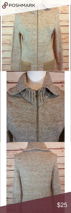 GAP alpaca mix wool sweater This beautiful soft GAP sweater is mixed with alpaca wool, has a double collar, and zips up the front. Perfect for those chilly winter nights. XS but runs a little big GAP Sweaters