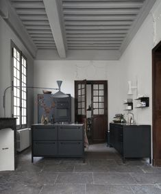 12 Times a Vipp Kitchen Stole the Show + A New Color Announcement - Nordic Design Nordic Design, Küchen Design, Interior Design, Chair Design, Design Ideas, Old Stone Houses, Old Houses, Kitchen Furniture, Kitchen Interior