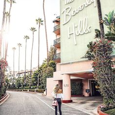 Diving into the glam of the golden Hollywood area at the @bevhillshotel.