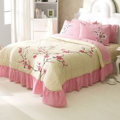 Pale Pink Peach Bedspread Set