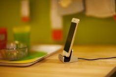 Amazon.co.jp: Spinido iPhone対応 充電/同期スタンド(silver): 家電・カメラ