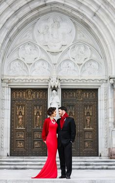 Valentines Day Engagement Shoot Inspiration by Digna Toledo Photography | Aisle Perfect: http://aisleperfect.com/2016/02/valentines-day-inspired-engagement-shoot.html #photography #engagement